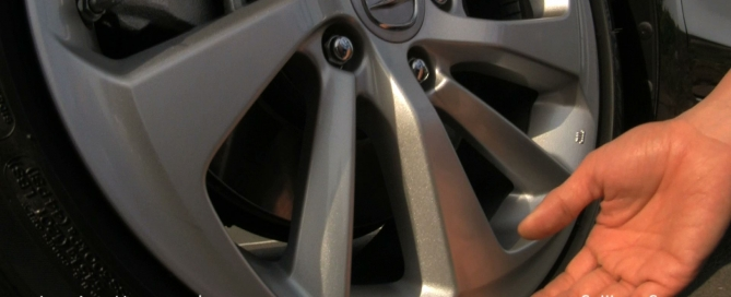 2016 Acura ILX reduces noise through the wheel and ANC technology