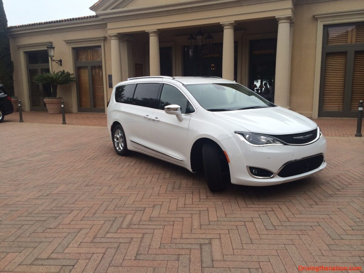 2017 Chrysler Pacifica: Theory vs reality