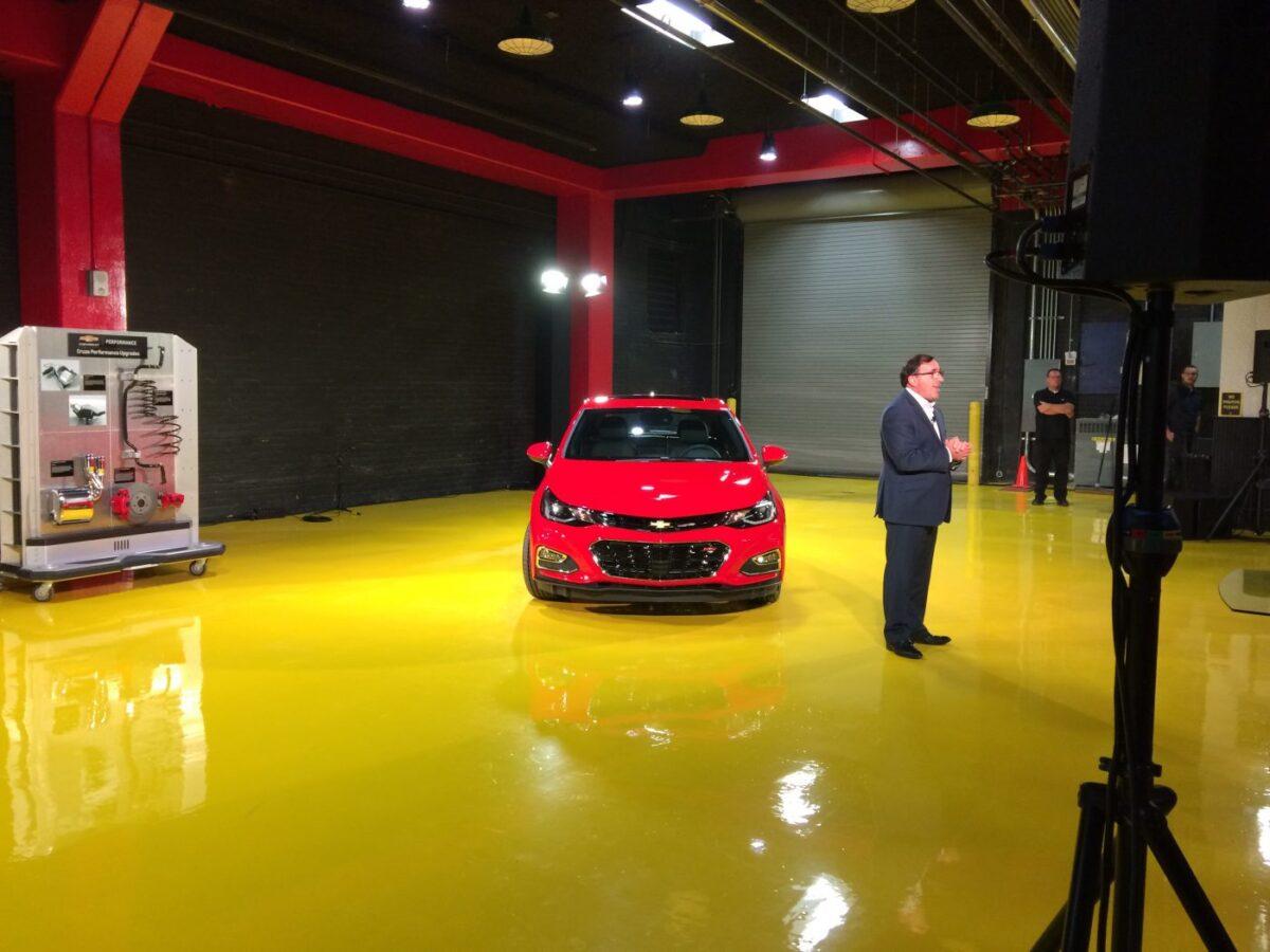 2018 Chevy Cruze hatchback diesel, courtesy General Motors