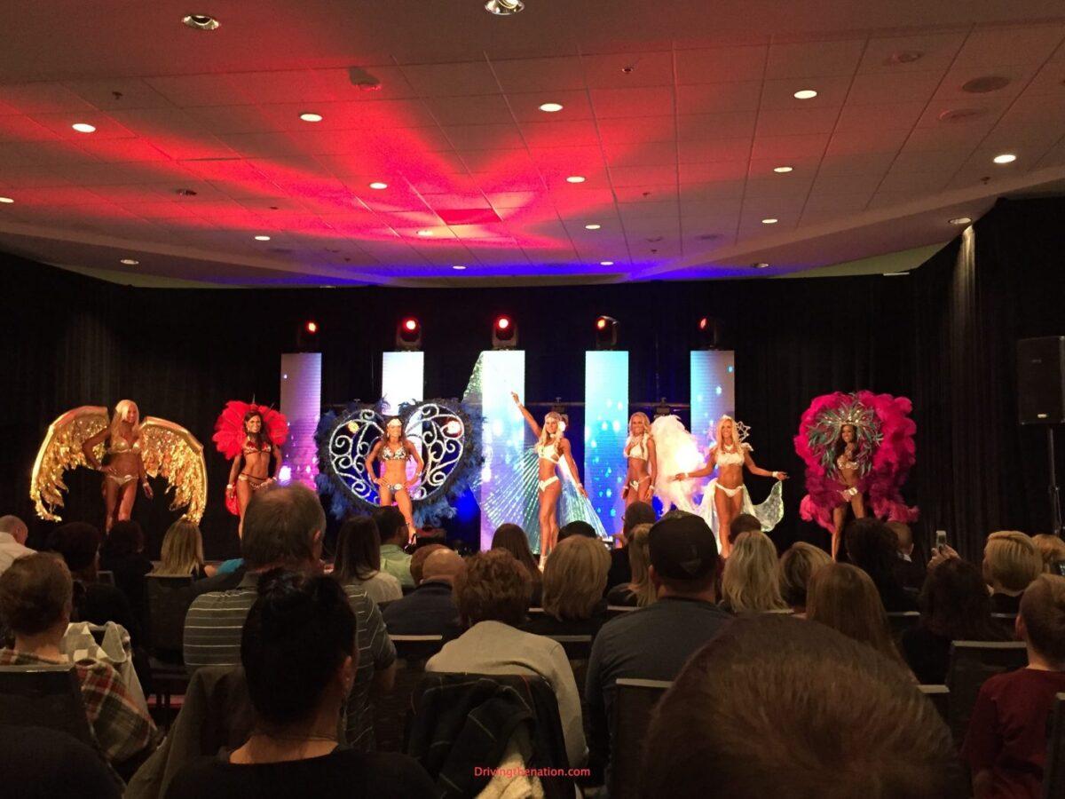 Natural Summit Fitness Ultimate Fitness Event UFE 2016 looks like Victoria's Secret edition