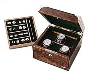 bentley_watchbox-300x243 Bentley Beauties for Christmas gifts Automobiles and Energy Bentley Volkswagen
