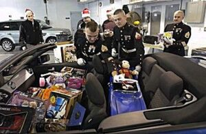 toys_for_tots-300x196 A mini-me Mustang pedal car for Christmas Automobiles and Energy Ford