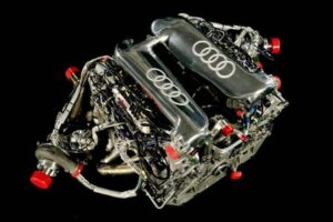 audi_r10_engine-300x200 Audi R10 TDI with GTL Audi Automobiles and Energy Racing Technology