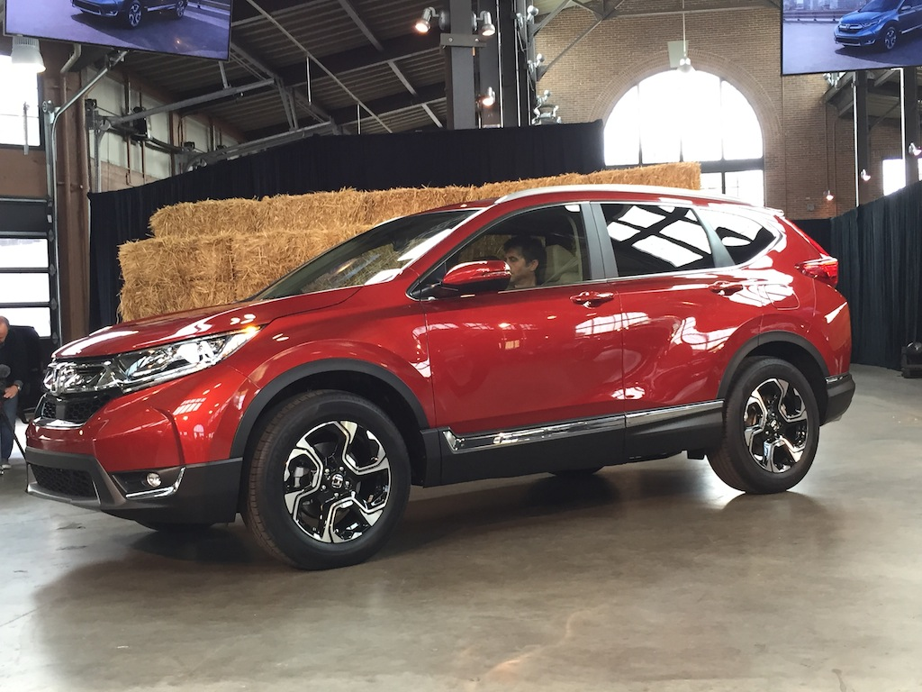2017 Honda CR-V world unveil