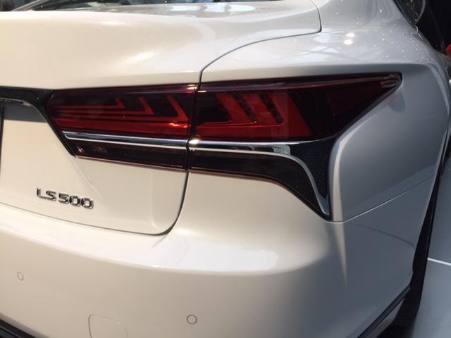 2018_lexus_ls500_fsport_light 2018 Lexus LS 500 F-Sport Debuts in New York Lexus New York International Auto Show (NYIAS)