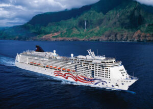 Pride_of_America_Nā_Pali_Coast-300x214 Sailing the Hawaiian Islands on the Pride of America Automobiles and Energy Travel Travel & Leisure