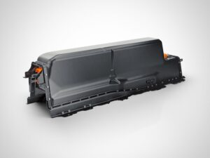 volvo_T8_Twin_Engine_Lithium_ion_battery-300x225 Volvo keeps options open for battery, plans 3-cyl Car designers Volvo