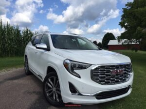 2017_gmc_terrain_front-300x225 2018 GMC Terrain - the biggest loser wins Automobiles and Energy GMC