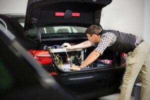 bmw_trunk-300x200 BMW autonomous driving car technology Automobiles and Energy BMW electric vehicles (EV)