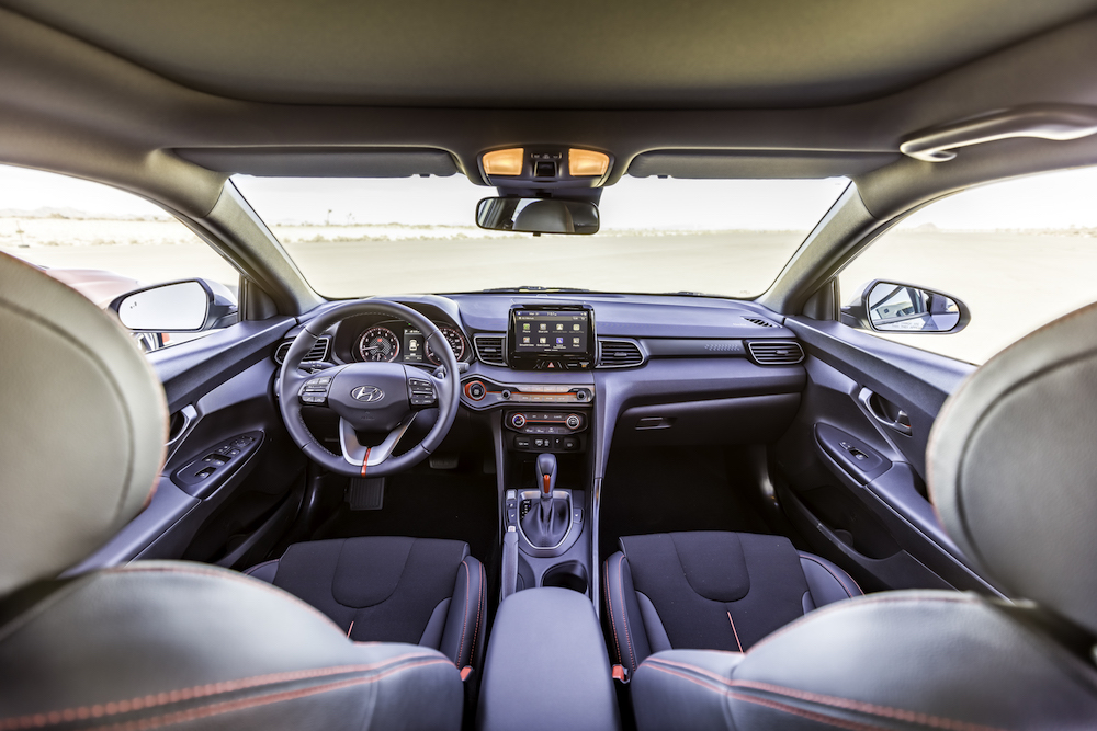 2019_hyundai_veloster_cockpit 2019 Hyundai Veloster ~ Let's dance, put on your red shoes and dance Hyundai