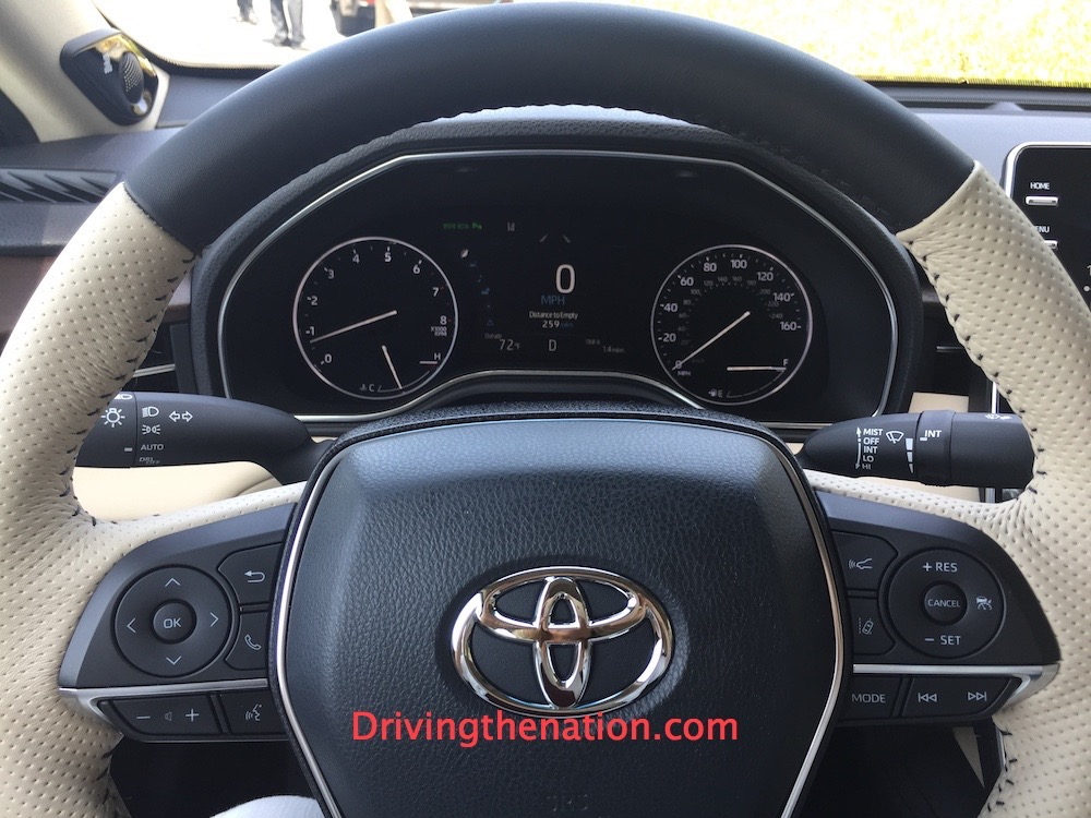 2019_toyota_avalon_steering_new 2019 Toyota Avalon first drive new car review Hybrids Toyota