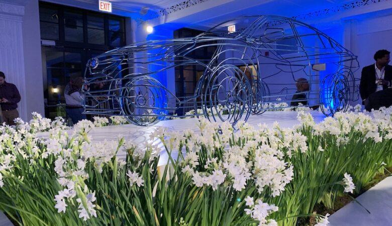 2109 Chicago Auto Show subaru legacy frame