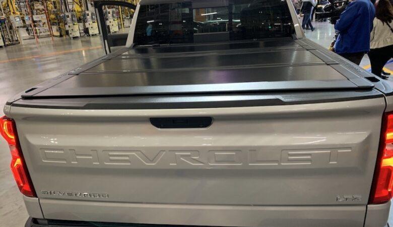 2020 Chevy Silverado Heavy Duty HD bed cover