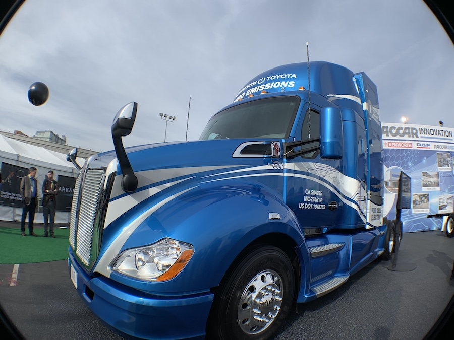 Toyota Hydrogen Fuel-Cell Truck at CES2019