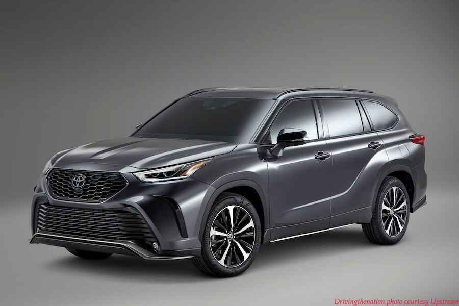 2021 toyota Highlander_XSE quarter panel
