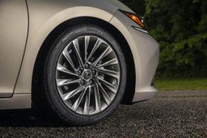 2020_Lexus_ES_300h_wheels-300x200 2020 Lexus ES 300h new car review Lexus