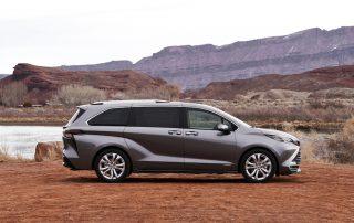 2021 Toyota Sienna Venza hybrid all-wheel-drive