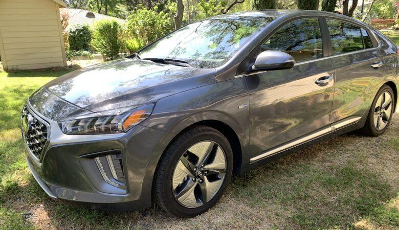 2020 Hyundai Ioniq HEV side