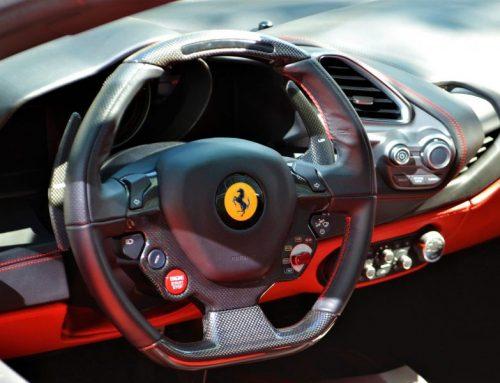 Ferrari F8 Spider versus Lamborghini Huracan