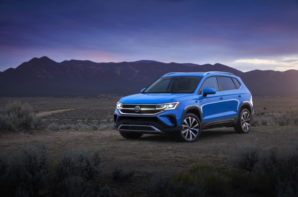 2022 Volkswagen Taos trims and specs