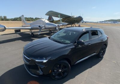 2021_Buick_Envision_Essence_gets_its_wings